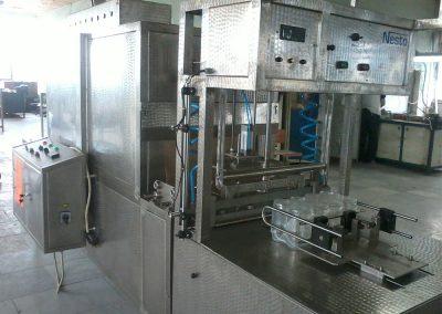 Полуавтоматична стек машина